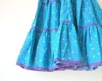 Vintage AZTEC Square Dancing Ruffled Skirt....size small womens...ruffled. wiggle. twirl. womens. ladies. vintage skirt. retro. plaid