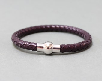 Braided Leather bracelet with magnetic closure(Dark Brown)