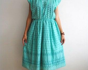 VINTAGE 1980s Dress Mint Summer Midi