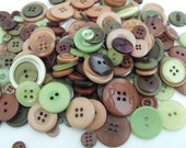 Deep Forest Buttons, 100 Bulk Assorted Round Multi Size Crafting Sewing Buttons