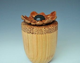 Pinecone Box in Cherry