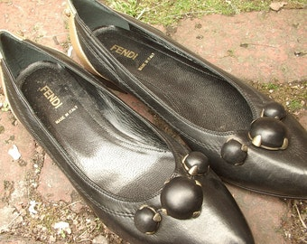 Vintage Fendi women's shoes size 8, black and gold shoes size 38 1/2, women's flats, Made in italy Black leather shoes, 3rd Anniversary gift