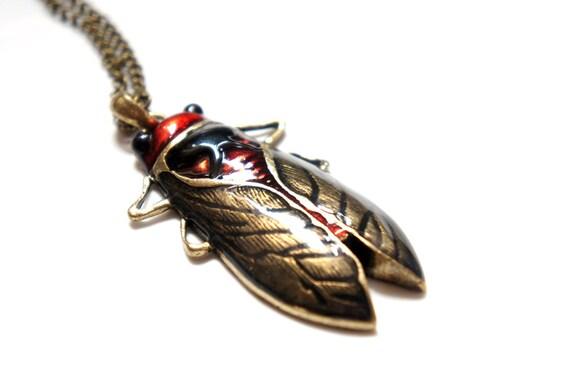 Huge Vintage Style Cicadas Necklace
