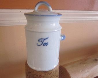 tea container copenhagen..blue and white, tee
