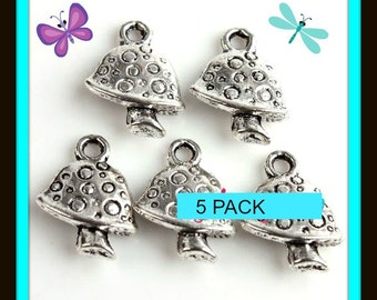Mushroom Two sided Charms 5 Pack