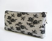 Bride Black Lace Clutch Goth Wedding, Lace Purse Black Roses, Classic Black and White Wedding Clutch for Bride