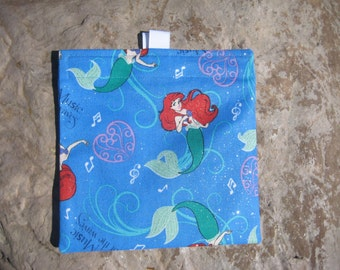 Lil' Mermaid Reusable Sandwich Bag, Snack Bag with easy open tabs