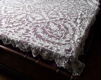 SALE TREASURY ITEM Stunning Antique All Handmade Italian Point de Venise Needle Lace Tablecloth or Bedspread