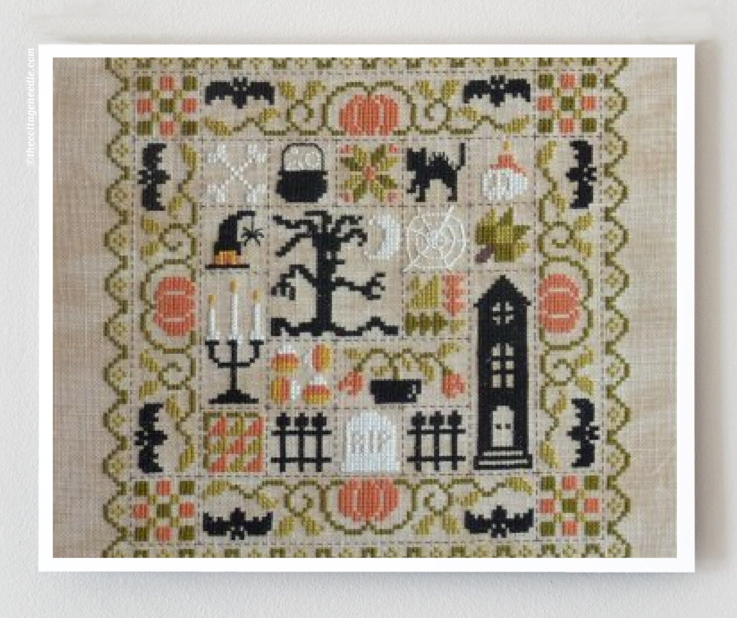 Patchwork halloween jardin prive french cross stitch for Jardin prive