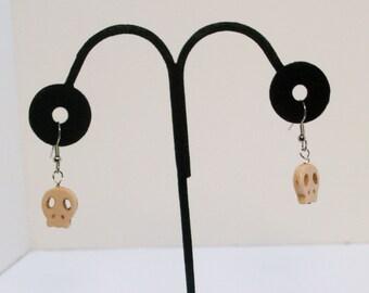 Gamer White Skull Earings