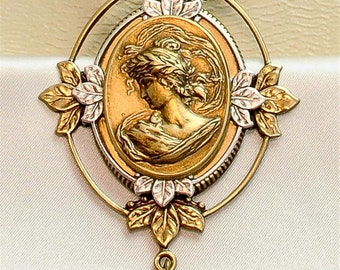 Vintage Victorian Steampunk Leaf Filigree Unique Cameo Pendant Necklace