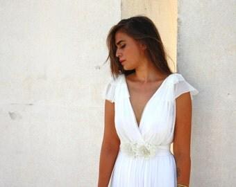 HOT SALE -Romantic wedding dress with a floral belt