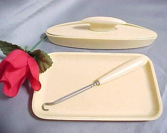 Antique Ivory Pyralin Celluloid Vanity Items Circa 1920, Vintage Collectible Old Plastic Button or Shoe Hook With Nail Buffer and Tray