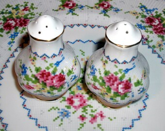 Vintage Royal Albert PETIT POINT Salt & Pepper Shakers English Bone China