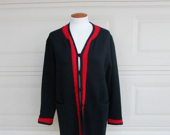 Vintage Italian Wool Sweater Coat . Cable Knit Black and Red Cardigan . by Romia