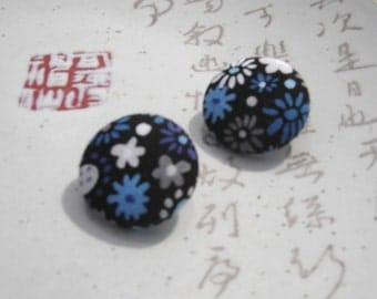 retro blue flowers stud earrings fabric lightweight round jewelry earrings 60s fabric hippie earrings