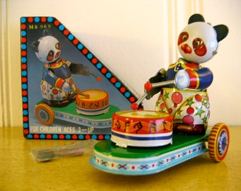 Vintage Tin Drumming Panda with Box Clockwork MS 565