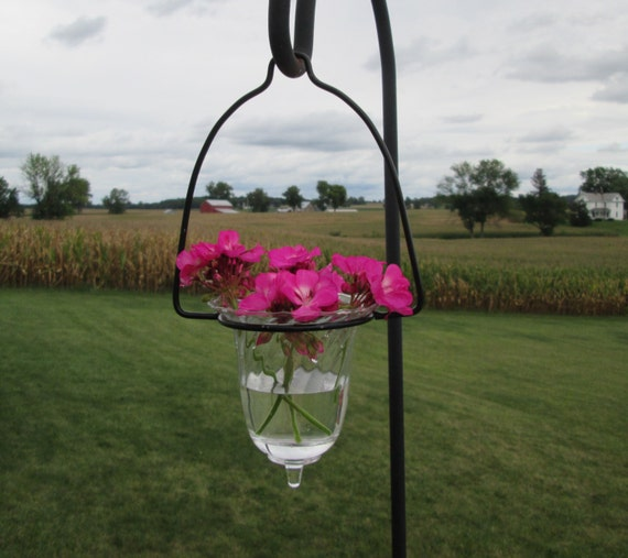 hanging flower vase candle holder black metal glass vase. Black Bedroom Furniture Sets. Home Design Ideas