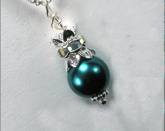 Emerald Crown Pearl Princess Necklace with custom Gift Box