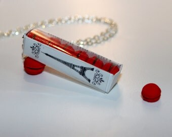 Macaron Box Necklace - French Macaroon Necklace - Red Macaroons necklace - Food Jewelry -  Kawaii Necklace