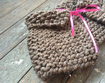 Little Girls Collared Fairytale Capelet / Barley Brown / Knitted Shrug Girl Children Storybook Cape Collared Cape