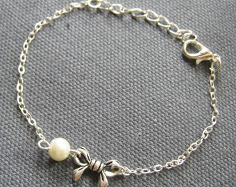 Ribbon bow pearl bracelet, bridesmaids bracelet, wedding jewelry - BR021 (Choose your pearl colour)