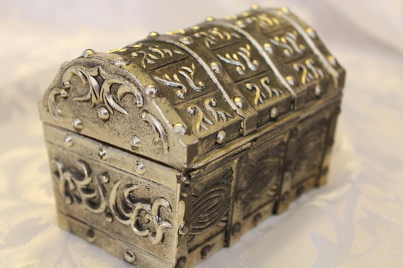 Vintage Silver Plated Treasure Chest Musical Jewelry Box Japan