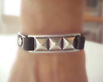 Women's Black Studded Bar Leather Bracelet: Genuine Leather, Silver-Plated Pewter