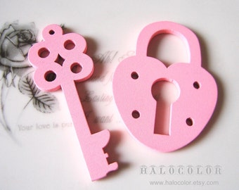 Painting Series Pretty Pink Lock And Key Wooden Charm/Pendant MH010 05