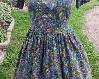 Bold Print Vintage 1950s  Dress with Tie
