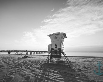 Sunrise Lifeguard Stand Seascape Photography