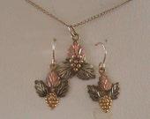 Gorgeous!Black Hills Gold Necklace & Earrings set