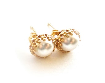 Classic Pearl Earrings with Gold or Silver Setting - Small 8mm Round