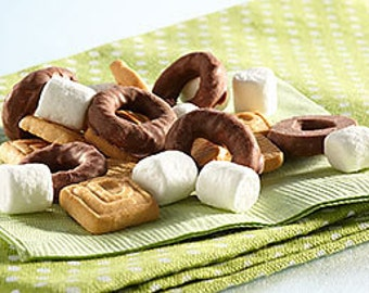 Movie Night Smores Snack Mix Kids Party Blend Shortbread Cookies Marshmallow Salted Chocolate