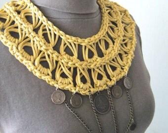 Macrame statement knit/gold statement bold/macrame collar golden/knit statement