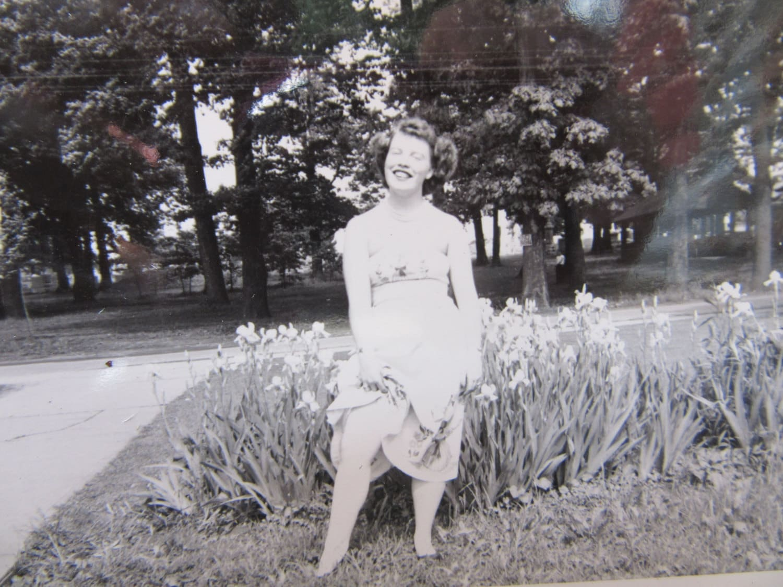 Vintage Upskirt Pics 92