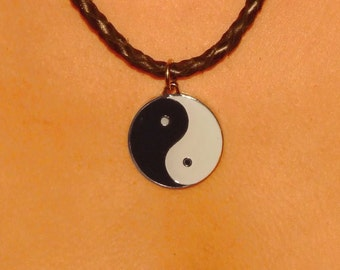 Leather necklace with yin yang pendant