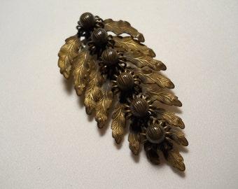 Art Nouveau Fur Clip Brass Leaves and Berries Vintage