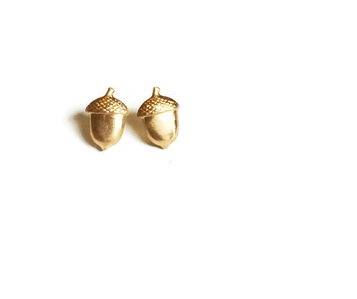 tiny gold stud earrings acorns
