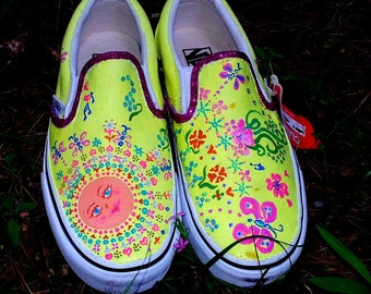 SUMMER SUNSHINE hippie handpainted sun face neon yellow purple rainbow beach slip on VANS
