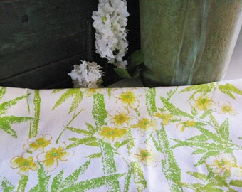 Vintage Retro 70's Tablecloth Flower Bamboo Fabric MidCentury Mad Men Mod Hippie Boho White Citrus Yellow Green Orange Handmade Supply Sunny