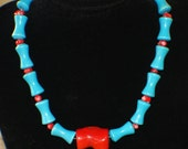 FIRST NATIONS CHIPPEWA  Glass Coral Necklace c1988