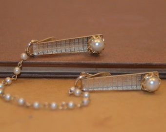 Vintage Dual Tie bar with Chain - Cardigan Clip - Faux Pearl