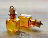 2 - Amber Square Bottle Charms Antique Bronze Cork Glass Terrarium Apothecary Bottle Vintage Style Pendant Charm Jewelry Supplies (DA052)