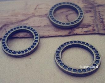18pcs Antique bronze Circle Pendant Charms 20mm