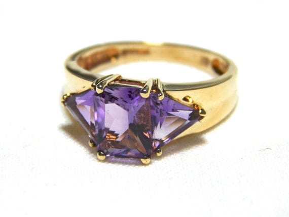 Vintage 14k gold Amethyst ring, three stone, size 7.5, February birthstone ring, cocktail ring