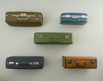Vintage Suitcase Shelves / Suitcase Shelf Large / Suit Case Shelving / Suitcase Display
