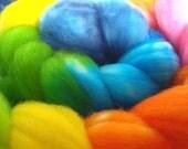 Hand dyed rainbow roving, superwash merino 4 oz