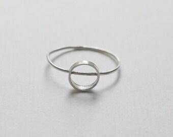 Sterling silver circle stacking ring