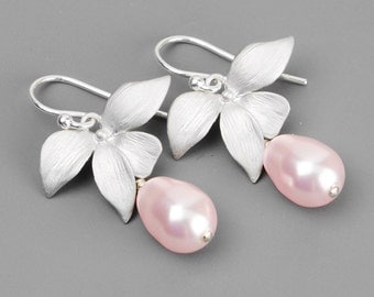 Pink Pearl Earrings -Bridesmaids Earrings - Pearl Drop Earrings - Flower Earrings - Bridesmaid Jewelry - Swarovski Earrings -Wedding Jewelry